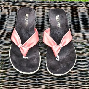 Shoes - Weil Orthaheel Pink Flip Flop